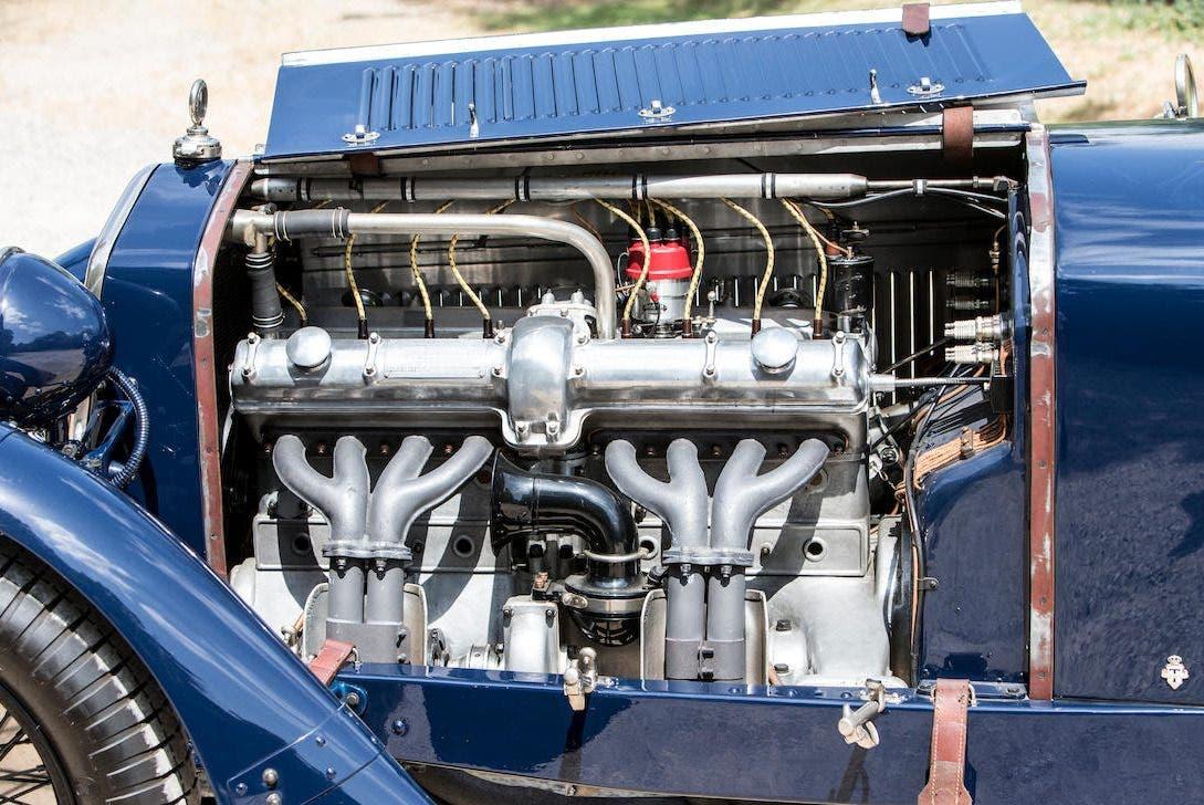 Alfa-Romeo-8C-2300-Tourer-asta-1