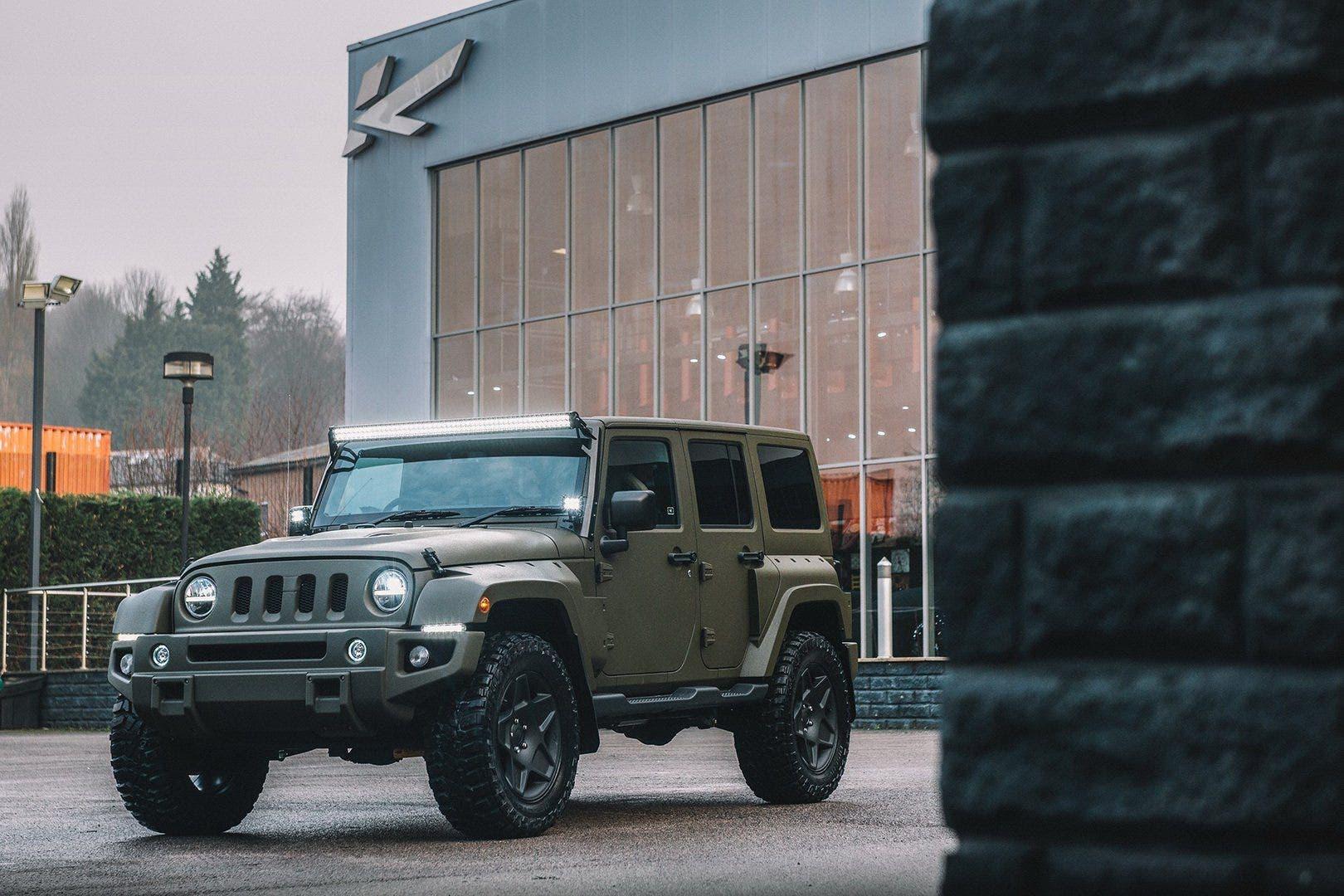 Black-Hawk-Expedition-Jeep-Wrangler-6