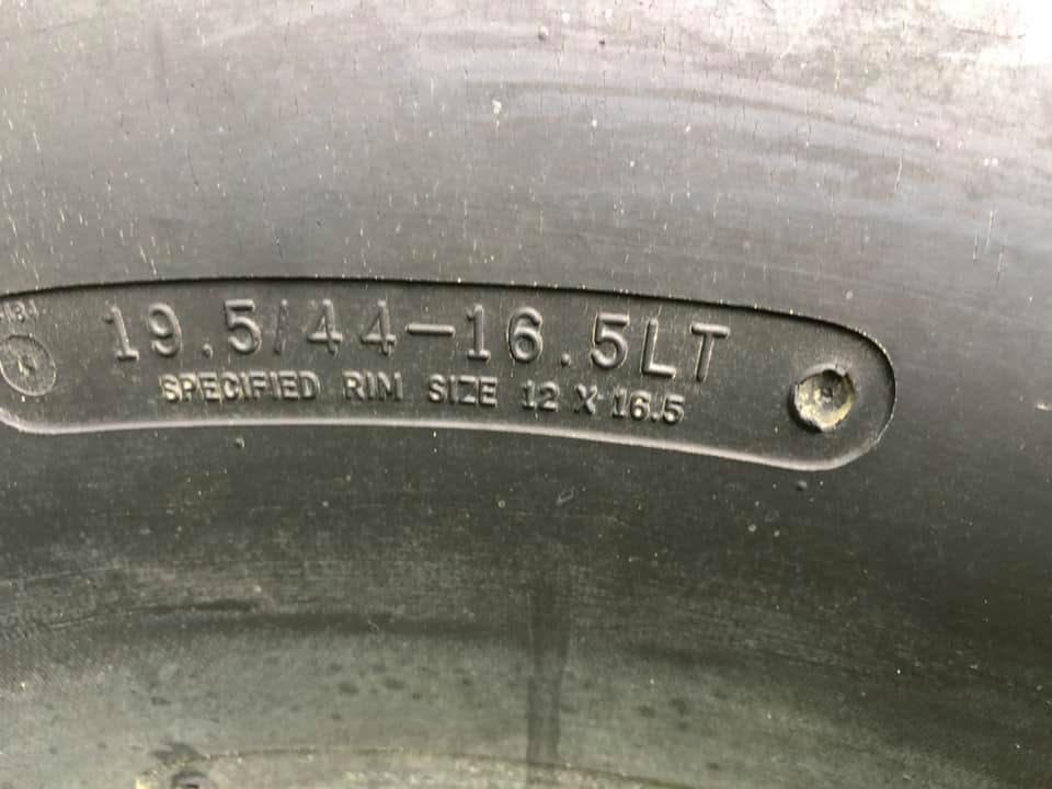 Chrysler-PT-Cruiser-monster-truck-2