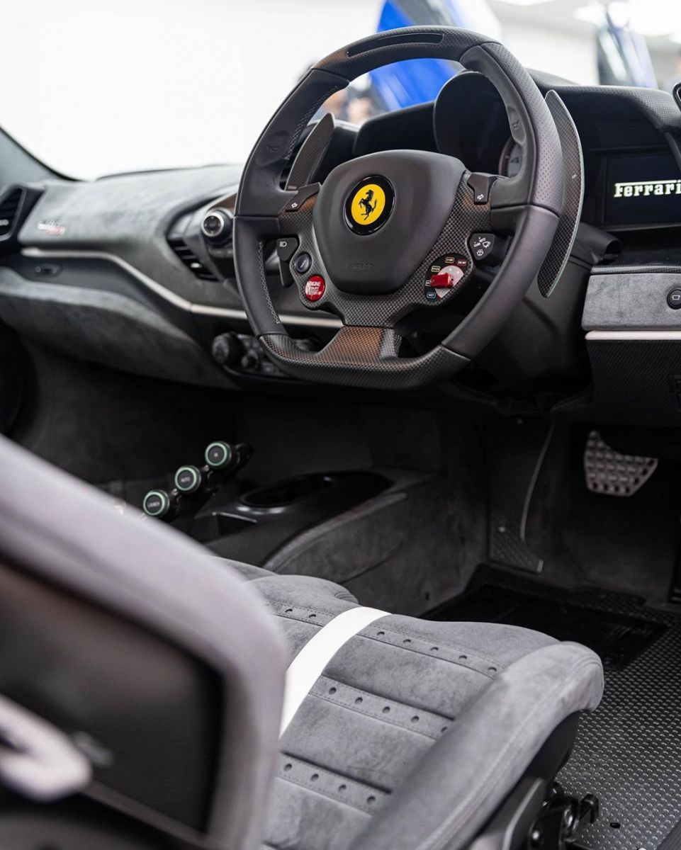 Ferrari-488-Pista-Verde-Francesca-2