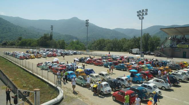 Fiat-500-Meeting-Garlenda-2019-foto-1