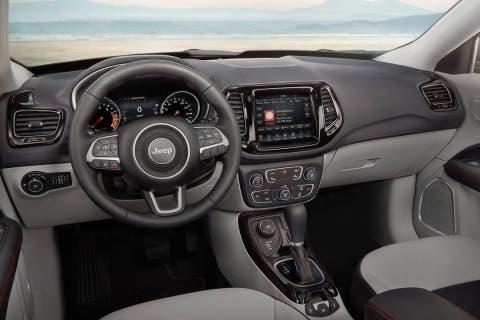 Jeep Compass abbonamento Leasys