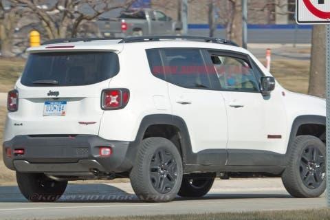 jeep-renegade-hybrid-03-2018jpg