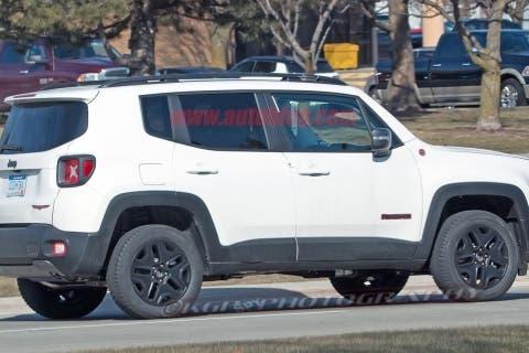jeep-renegade-hybrid-04-2018jpg