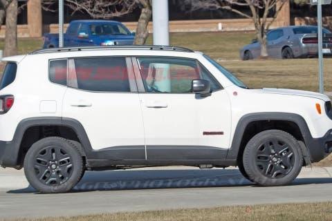 jeep-renegade-hybrid-05-2018jpg