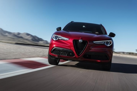 Alfa-Romeo-Stelvio-Nero-Edizione-4