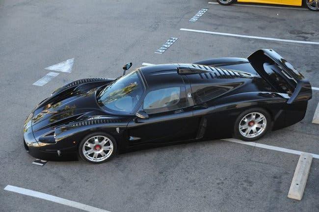 Maserati MC12 nera