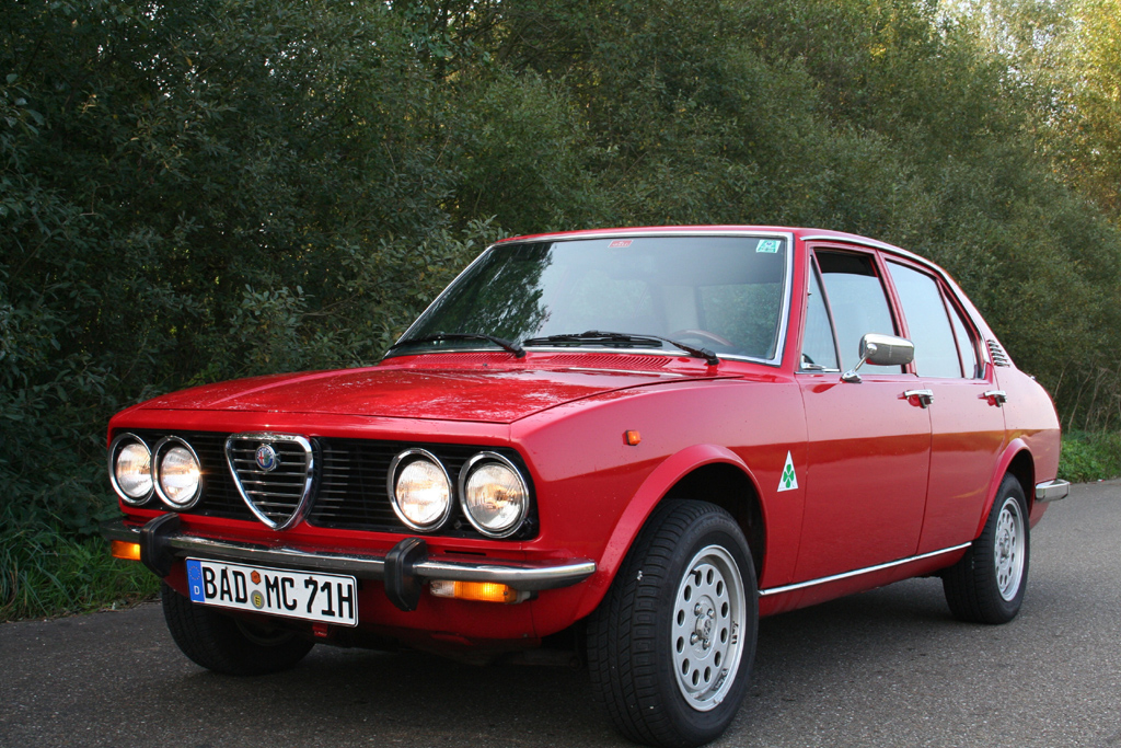 1567 Alfetta in addition 10 Bond Cars You Can Afford 6 moreover 73394668898791800 moreover T6598p45 Votre Avis Sur L Alfa Gtv6 also Modern Classic Alfa Romeo Gtv6 Grand Prix. on alfa romeo gtv6