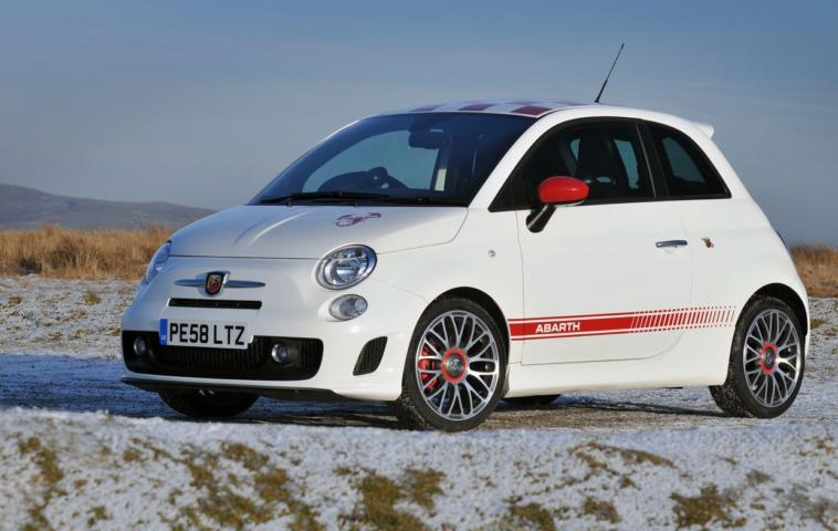 Abarth 500 gamma accessori in carbonio