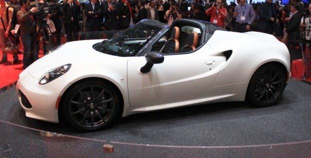Alfa Romeo 4C Spider Salone di Parigi 2014