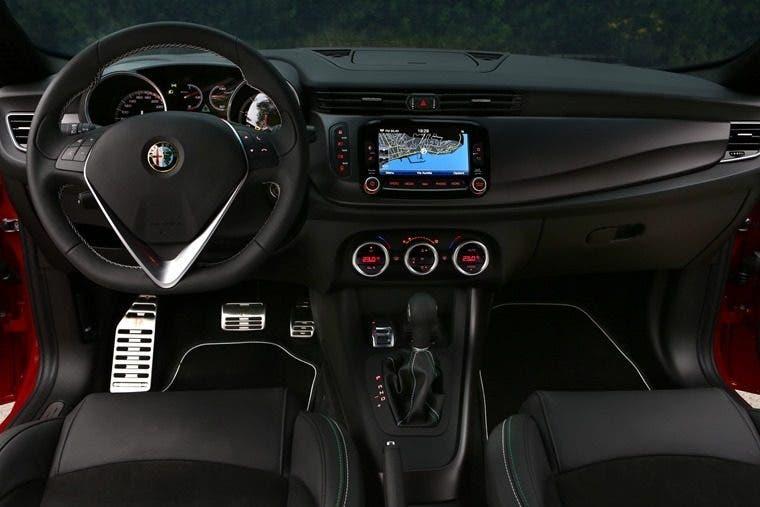 Alfa Romeo Giulietta QV - Interni 2015