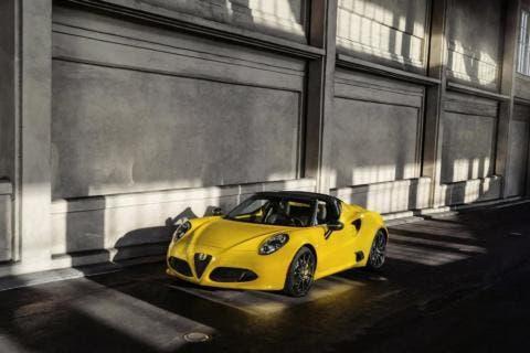 Alfa Romeo 4C Spider Auto Show 2015