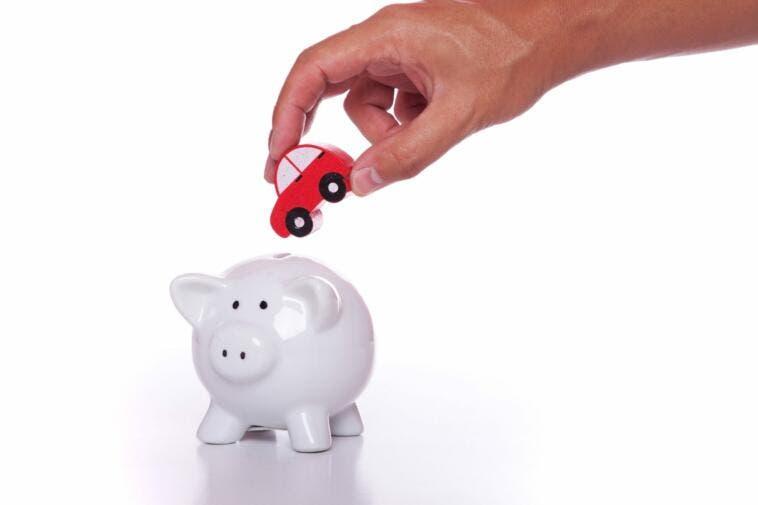 """RCA auto 2014: costo -6% in attesa degli """"sconti"""""""