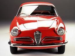 Gli stilemi Alfa Romeo sul muso di Giulietta Sprint