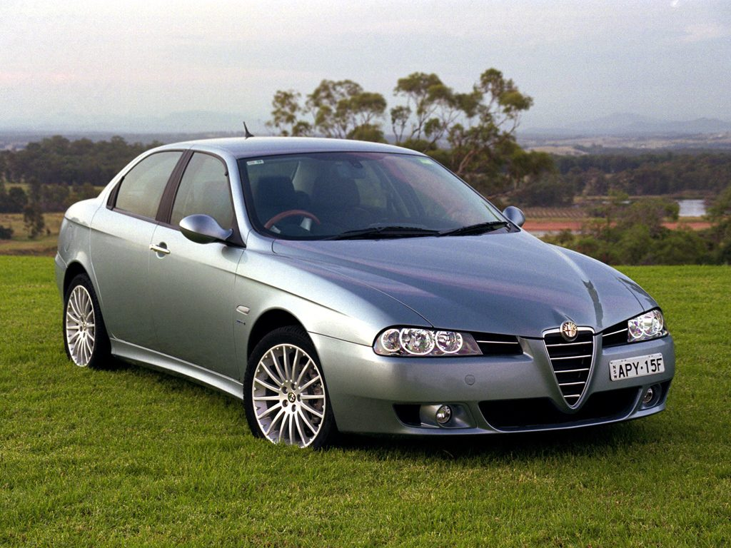 alfa romeo 156 storia e caratteristiche. Black Bedroom Furniture Sets. Home Design Ideas