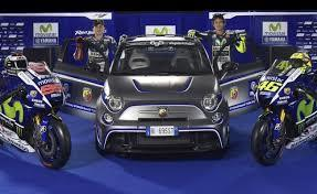 Lorenzo e Rossi con la Abarth 500