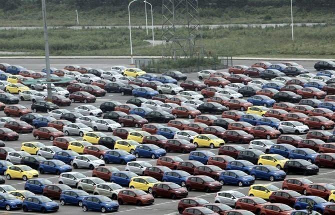 mercato auto febbraio