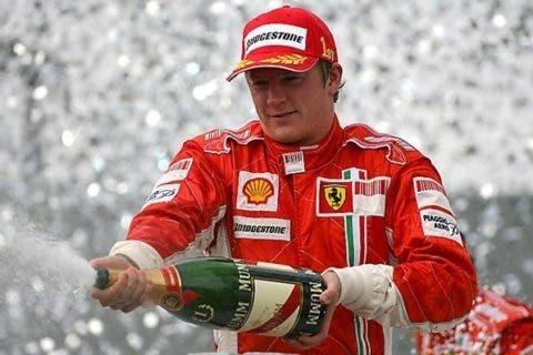 Raikkonen Campione del Mondo, era il 2007.