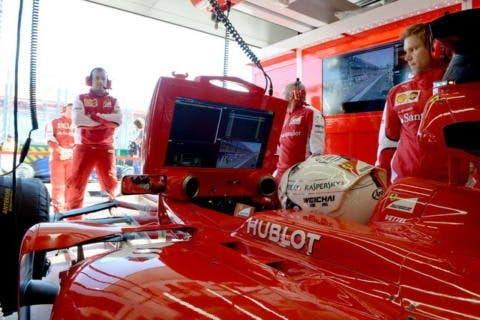 Vettel abitacolo della SF-15T