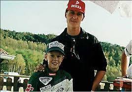 Un giovanissimo Vettel accanto al proprio idolo