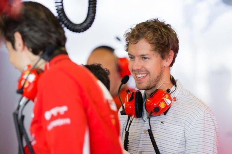 """Ferrari, Vettel si schiera a fianco delle """"ombrelline"""""""