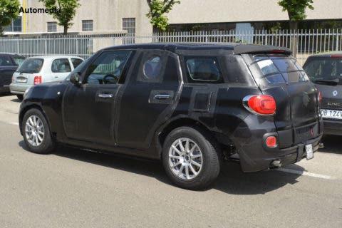 SUV Alfa Romeo foto spia