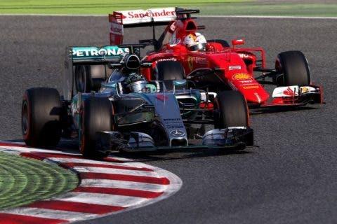 Vettel pare braccare Rosberg. Sarà un illusione.