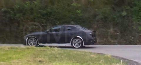 Alfa Romeo Giulia foto spia