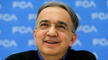 Marchionne avverte Apple di non fare auto da sola
