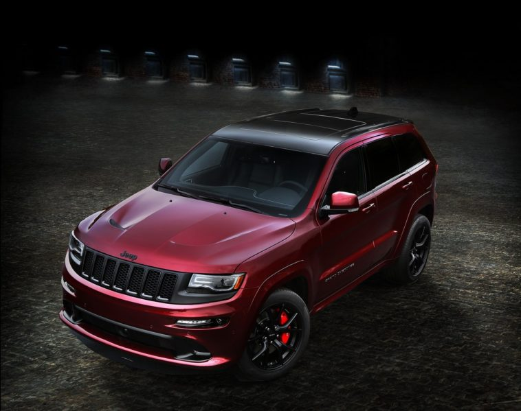 Jeep Grand Cherokee SRT Night e Jeep Wrangler Backcountry.