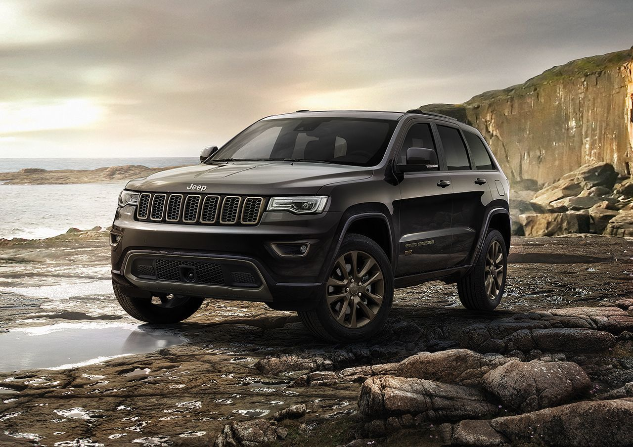 160224_Jeep_Cherokee_75th_Anniversary_02