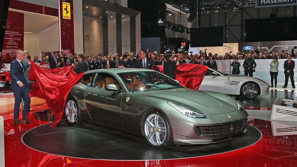 Ferrari-GTC4Lusso q