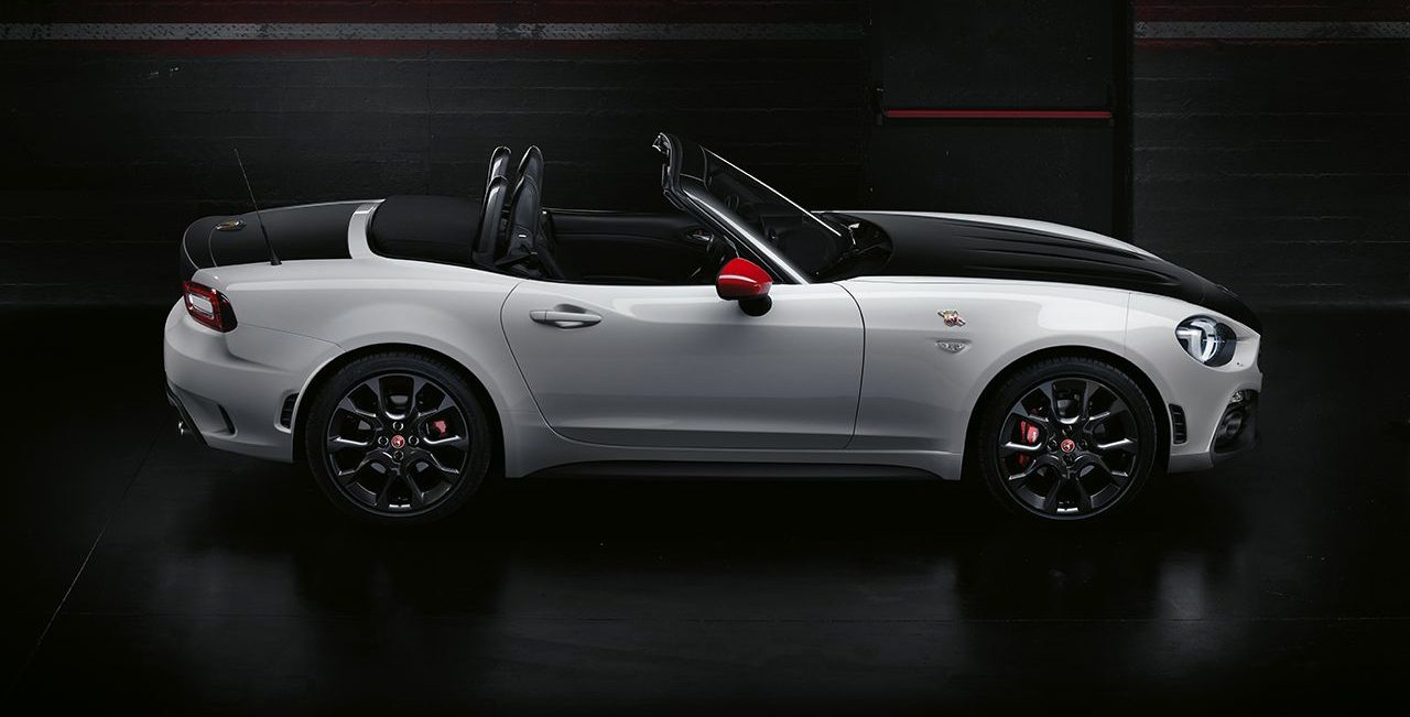 abarth 124 spider partono gli ordini in italia prezzi da. Black Bedroom Furniture Sets. Home Design Ideas