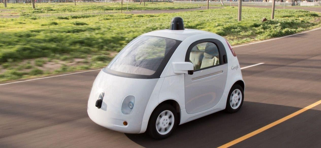 Un prototipo della Google Car a guida autonoma