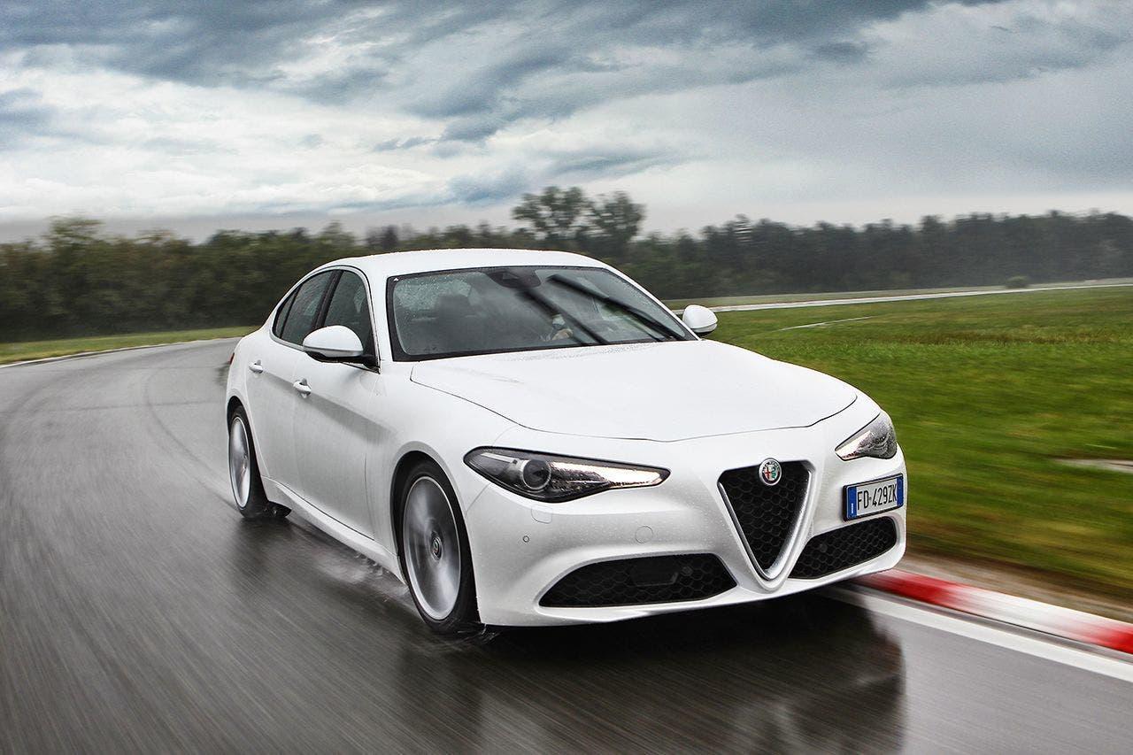 160512_Alfa-Romeo_Giulia_02