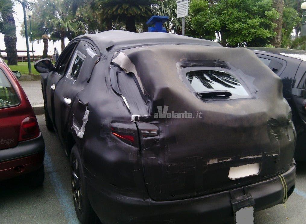 Alfa Romeo Stelvio spy 2