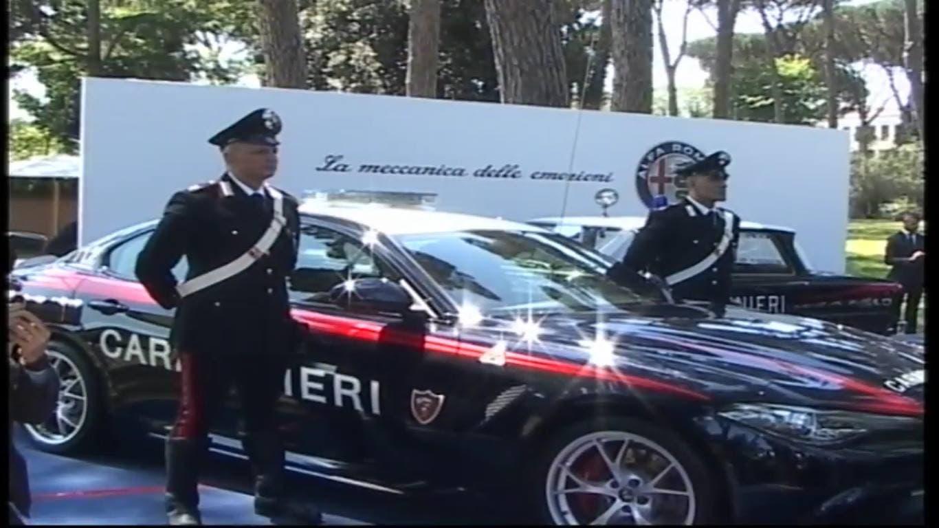 Alfa Romeo Giulia Carabinieri: oggi la consegna, avrà ...