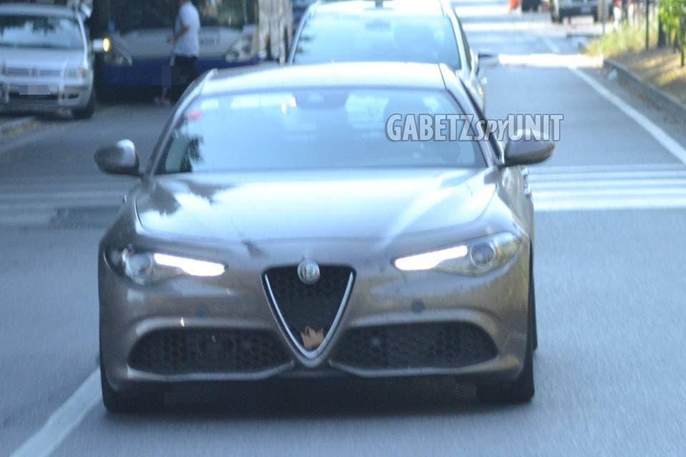 Alfa Romeo Giulia Veloce: a Parigi presentazione ufficiale