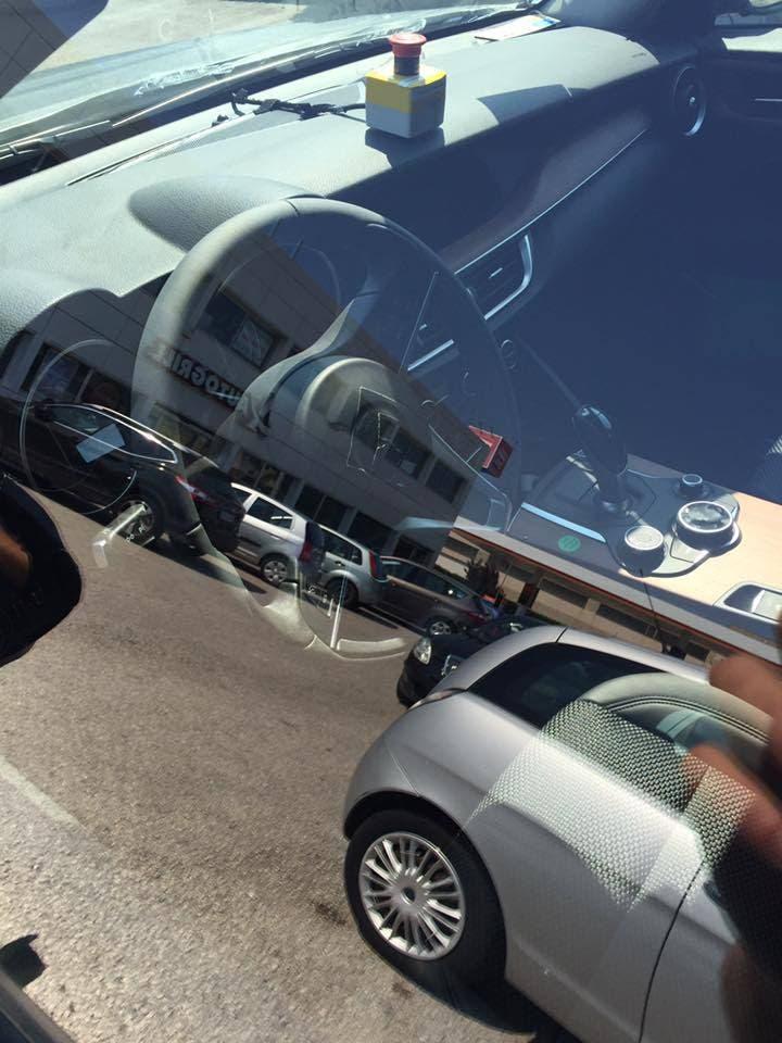 Alfa Romeo Stelvio: nuove foto spia mostrano gli interni