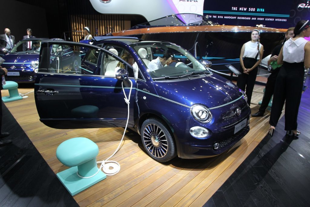 fiat 500 riva al salone di parigi in edizione limitata. Black Bedroom Furniture Sets. Home Design Ideas