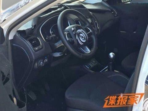 La plancia della Jeep Compass 2017