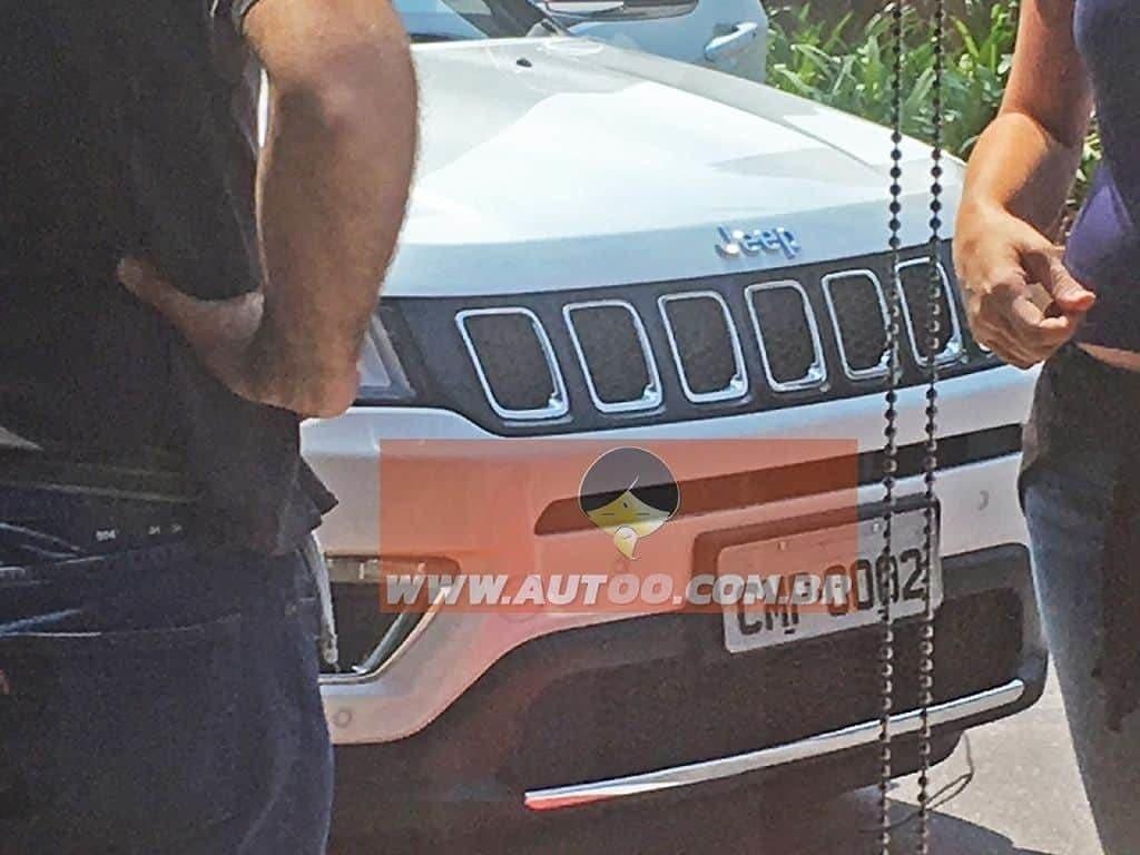 Mascherina della Jeep Compass 2017