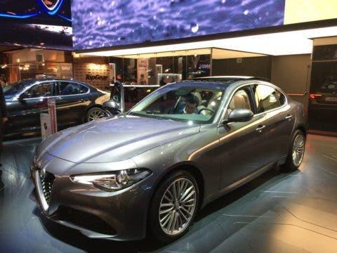 Alfa Romeo Giulia Pack Lusso Salone di Parigi 2016