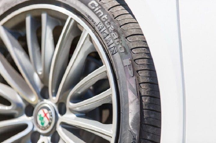 Alfa Romeo Giulia Pirelli Cinturato P7