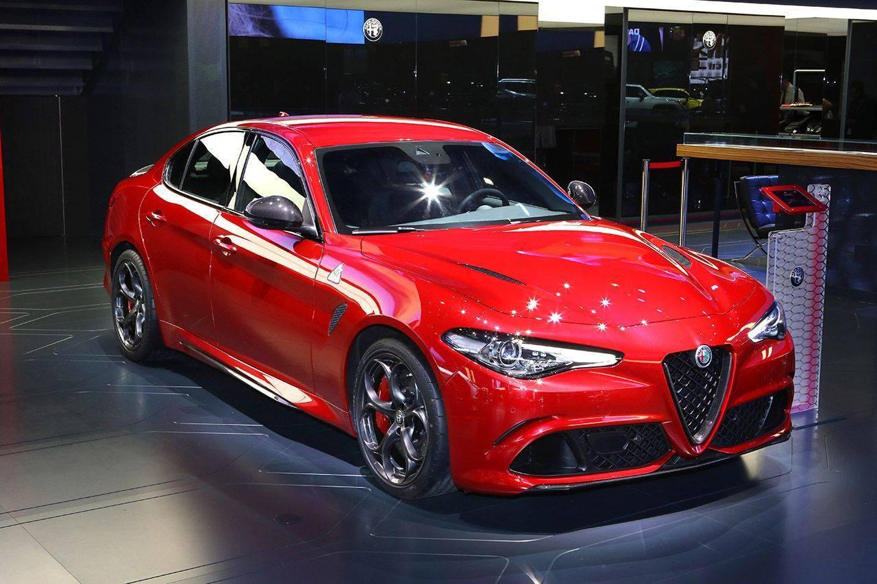 Alfa Romeo Giulia Quadrifoglio Salone di Parigi 2016