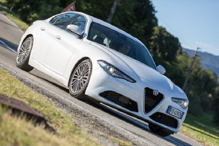 Alfa Giulia Veloce da 50.500 euro, Advanced Efficiency da 42.500