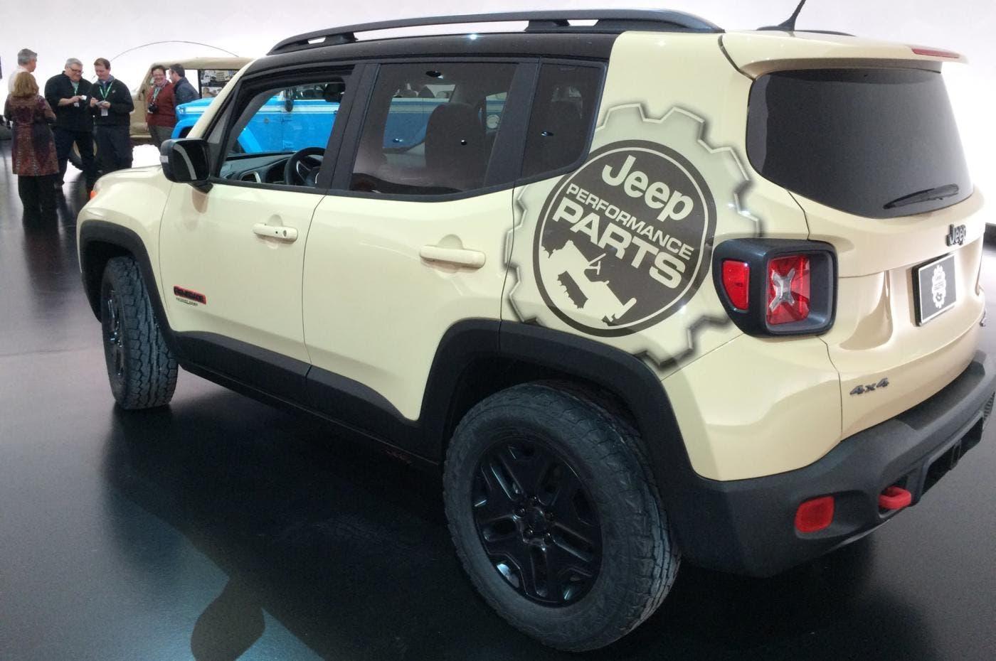 jeep renegade desert hawk il suv arriva in uk in sole 100 unit. Black Bedroom Furniture Sets. Home Design Ideas