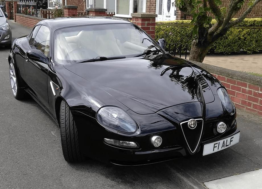 Maserati 4200 Coupè trasformata in Alfa Romeo 8C