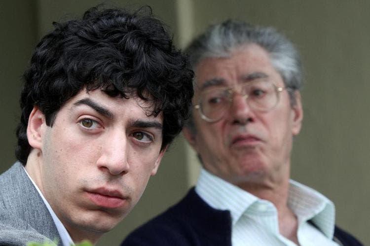 Renzo Bossi rimane illeso dopo un brutto incidente che lo ha coinvolto con la sua Alfa Romeo andata distrutta dopo un impatto frontale con una Fiat Punto.