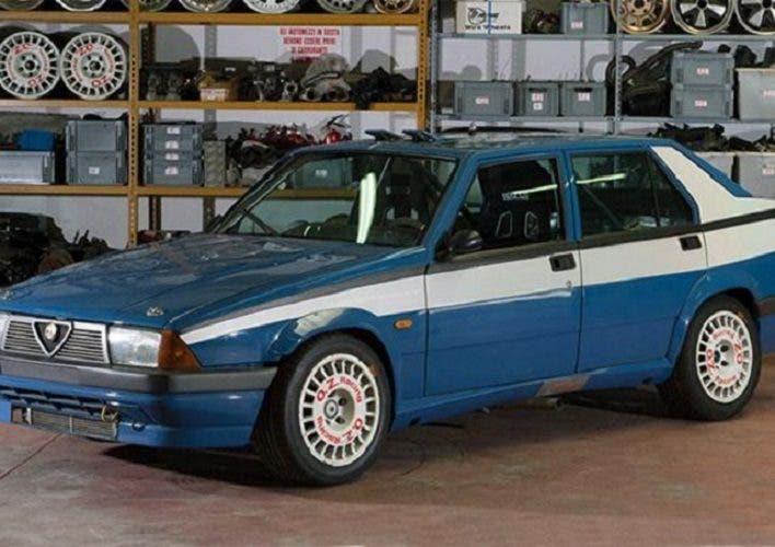 Alfa Romeo 75 Corse Turbo Polizia